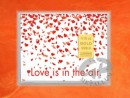 1/10 oz. gold gift bar flip motif: Love is in the air