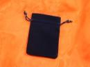 Velvet pouch 85 x 120 mm dark blue